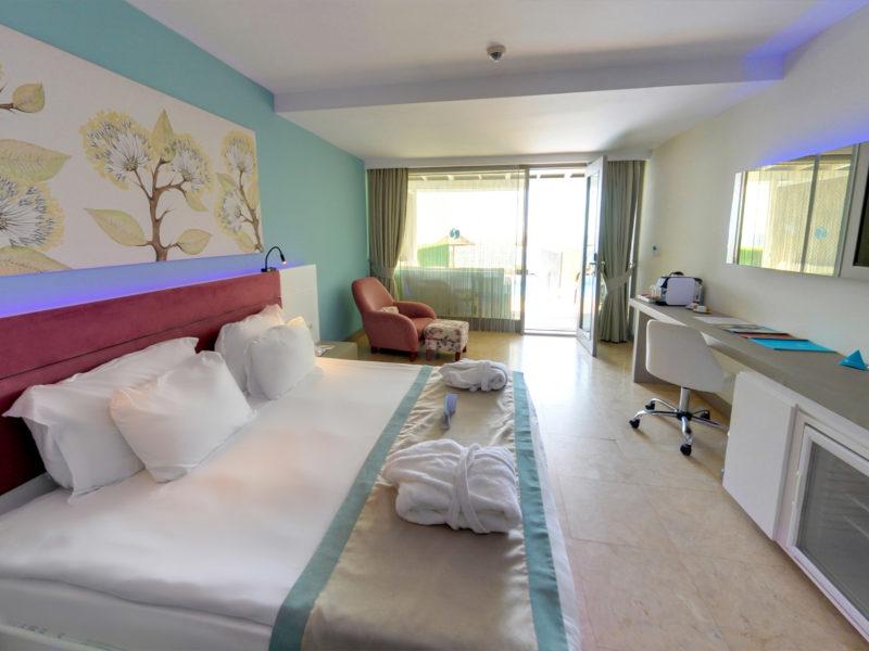 flora-garden-cabana-rooms-2