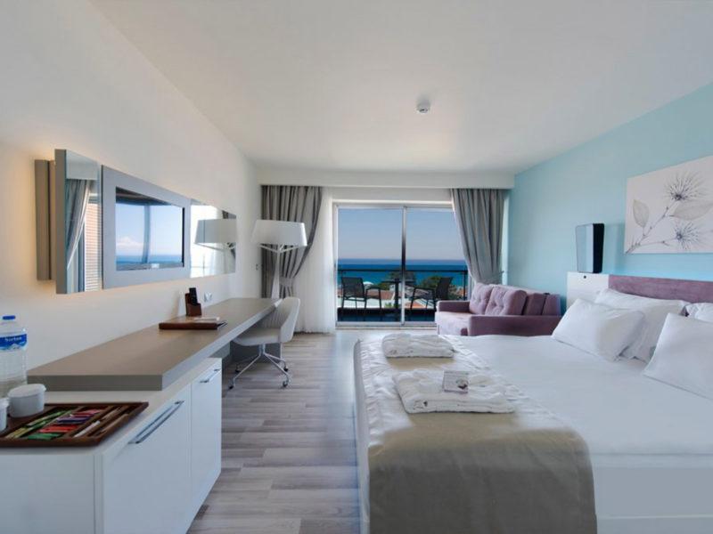 flora-garden-ephesus-deluxe-sea-view-room-bedroom
